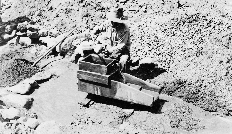 GOLD, COPPER & GEMSTONES in ARIZONA: GOLD in ARIZONA - a